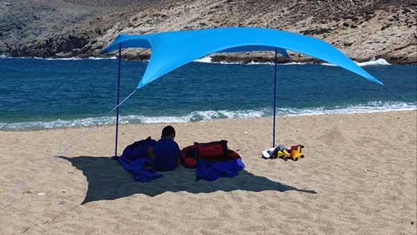 tente de plage Shadysand - beaucoup de vent