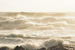 Comment se mettre à l'abri du vent à la plage ?