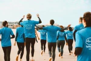 Team building à la plage : pourquoi et comment ?